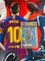 【Lucky球星卡店官方代售】2021 Panini Mosaic 西甲联赛 足球 马赛克 巴萨 巴塞罗那 梅西 孔雀 金标 BGS9.5 巴萨唯一一张 绝版