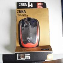 NBA 无线鼠标 芝加哥公牛队 鼠标经测试可以使用 由于存放时间较长 表面黑色部分出现软化 发粘现象 介意勿拍 此标不累计 II